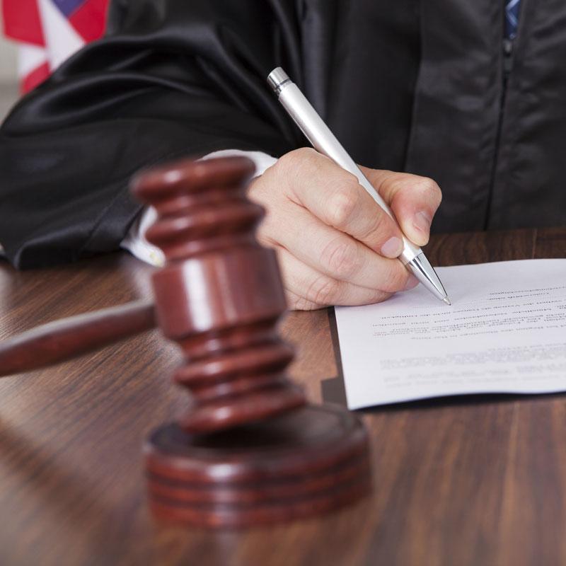 Grand Rapids litigation lawyers attorneys